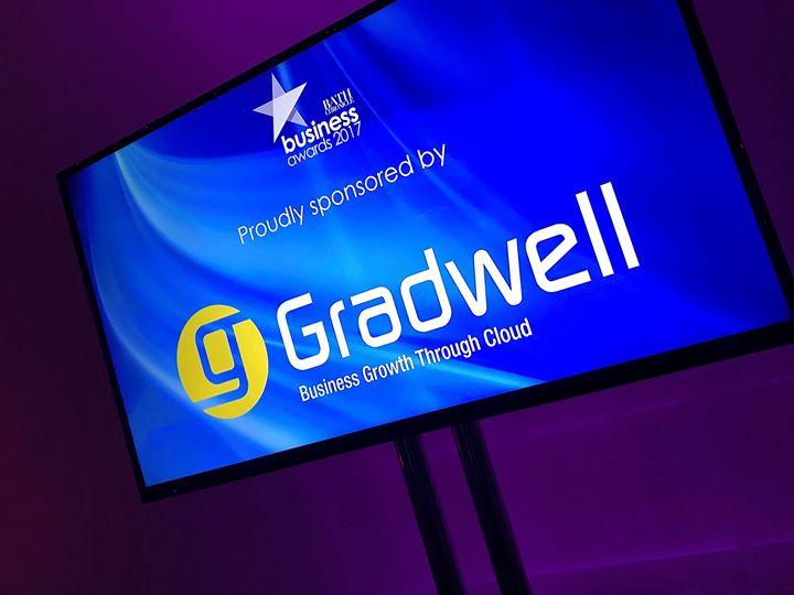 gradwell.com Cover