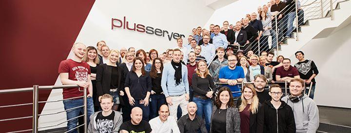 plusserver.com Cover